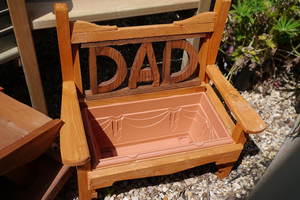Dad planter