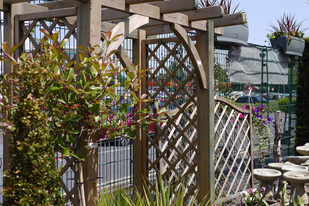 Fence panels, trellising, wooden posts